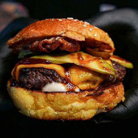 Avokádós Bitang burger